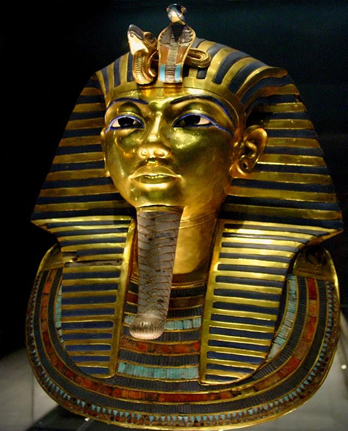 Funerary Mask dari Raja Tutankhamun (courtesy: wikipedia)